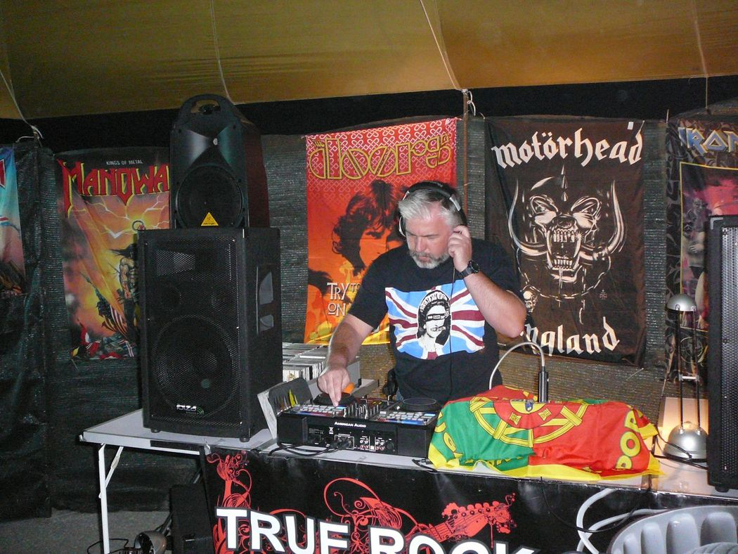 DJ Carteiro a animar uma TRUE ROCK SESSIONS