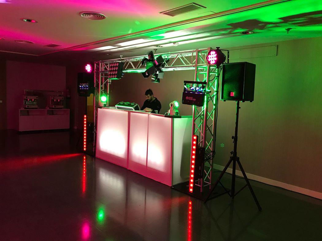 Grupo Sassot Sound, Audiovisuales y Discotecas