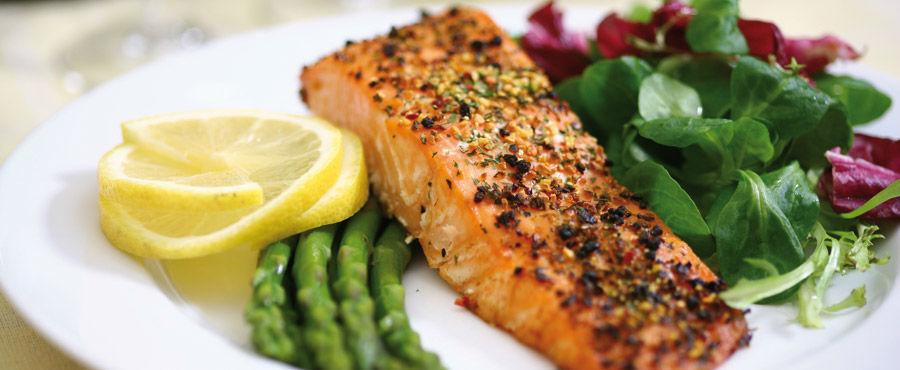Beispiel: Kulinarische Köstlichkeiten, Foto: Seehotel Heidehof.