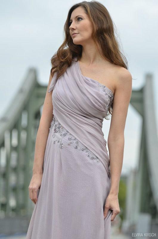 Beispiel: Kleider für Brautfungfern, Foto: Elvira Kirsch.