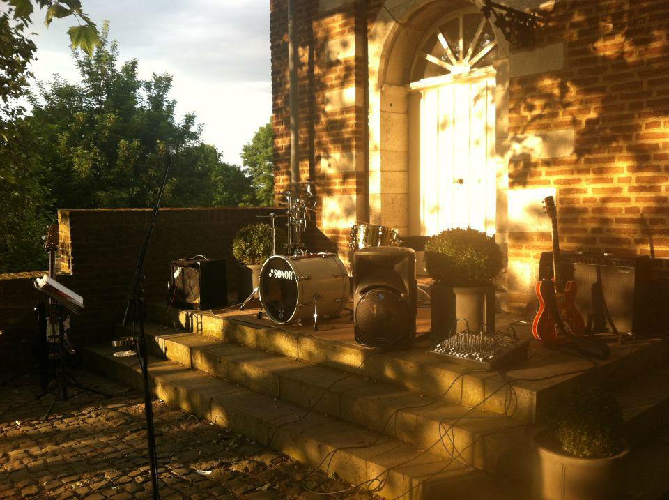 Beispiel: Instrumente, Foto: Tom Browne Band.