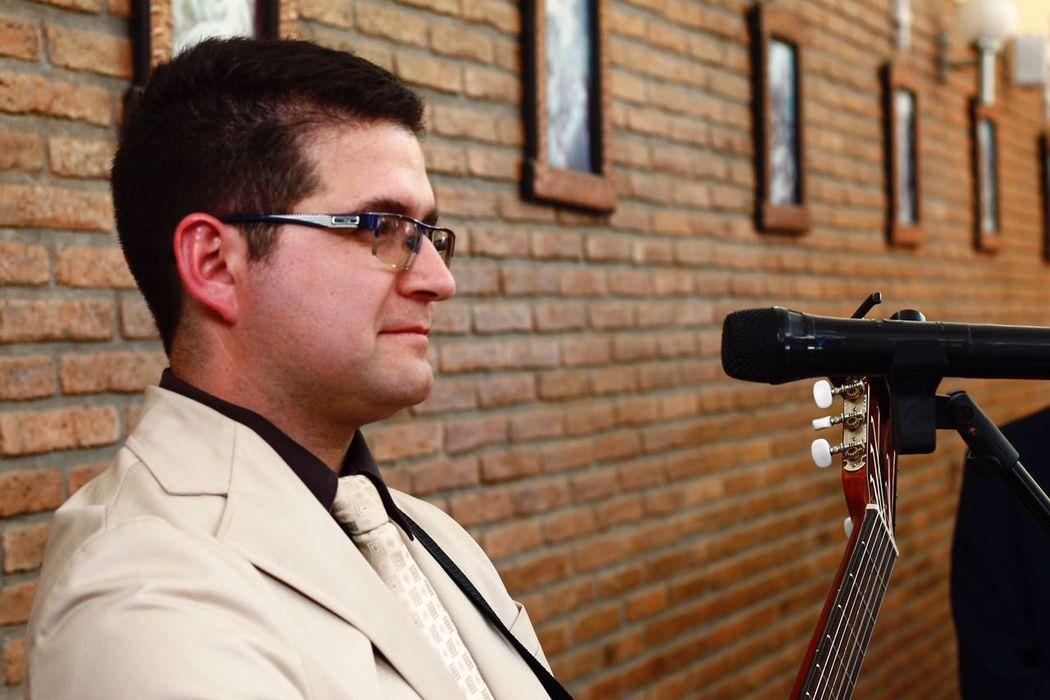 Felipe Abarca Avila - Cantante