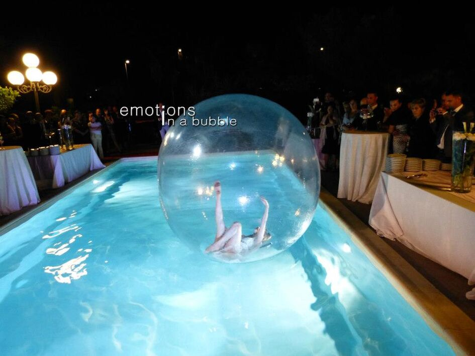 Emotions in a Bubble