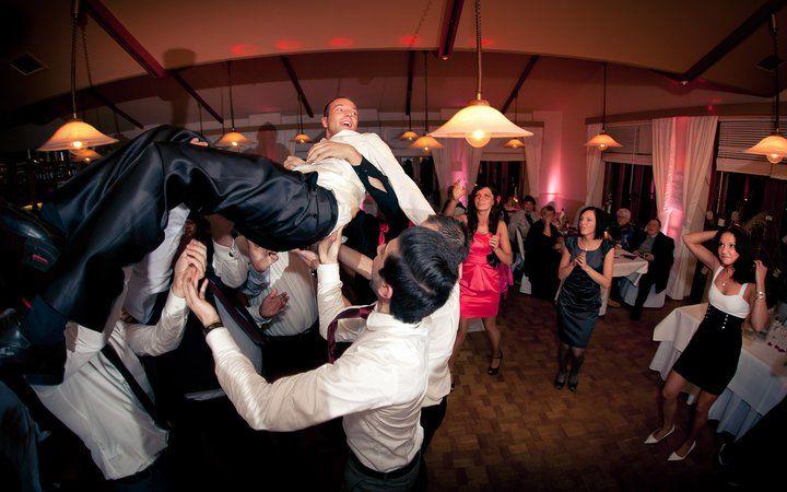 Beispiel: Hochzeitsgesellschaft, Foto Kirill Brusilovsky Photodesign.