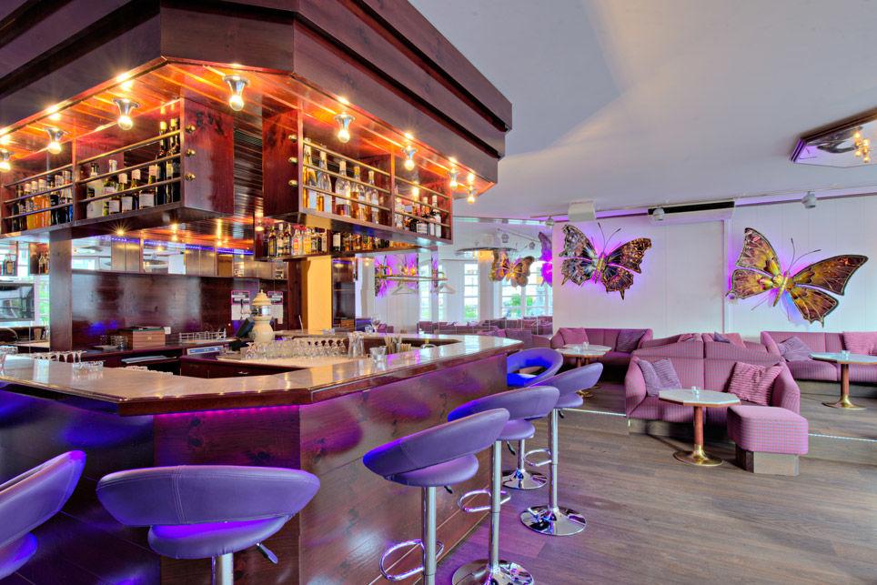 Beispiel: Bar, Foto: Hotel Chlosterhof.
