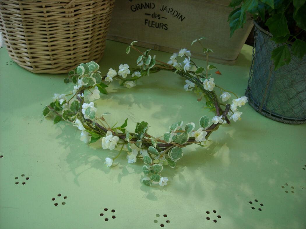 coronitas para niñas, novias e invitadas en flor natural o artificial. Personalizables.