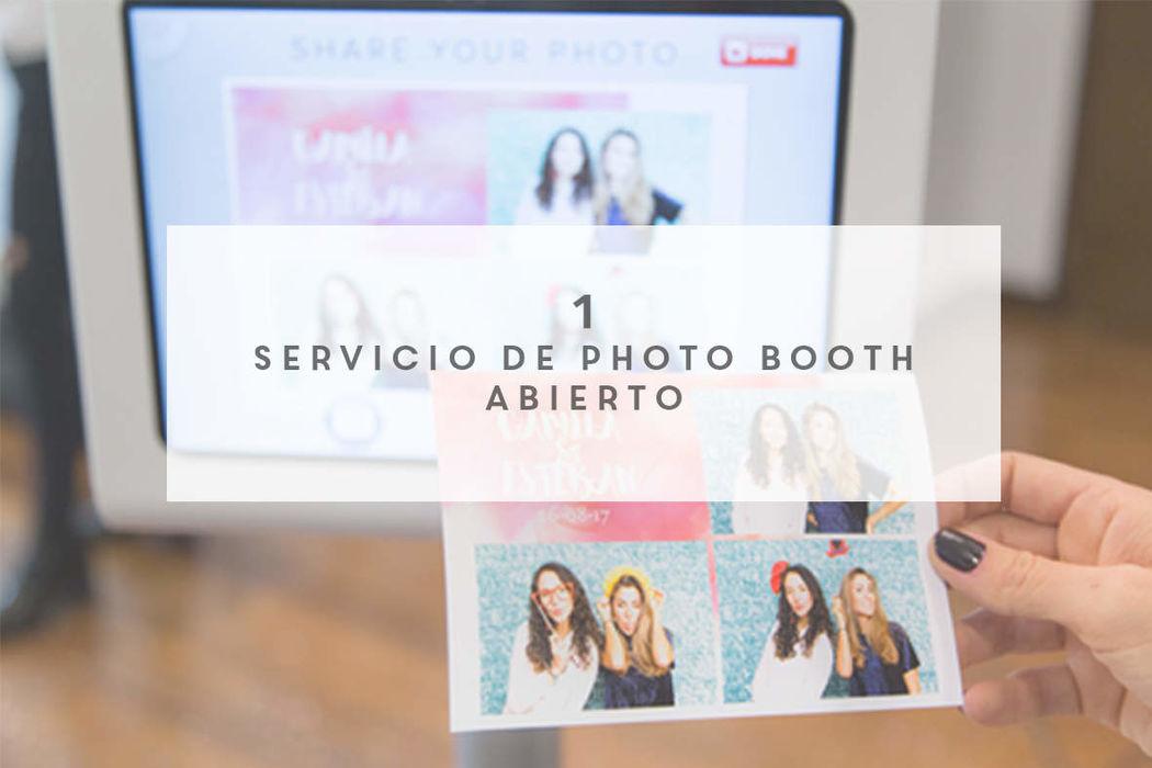 La Caravana Photo Booth