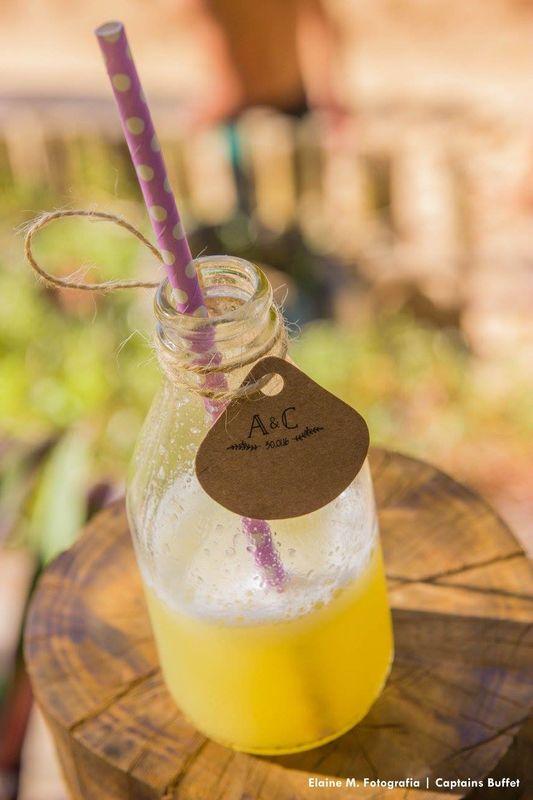 Suco de Frutas de Melancia e Abacaxi na garrafinha