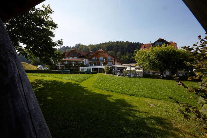 Beispiel: Garten, Foto: Hotel Waldheim Risch.