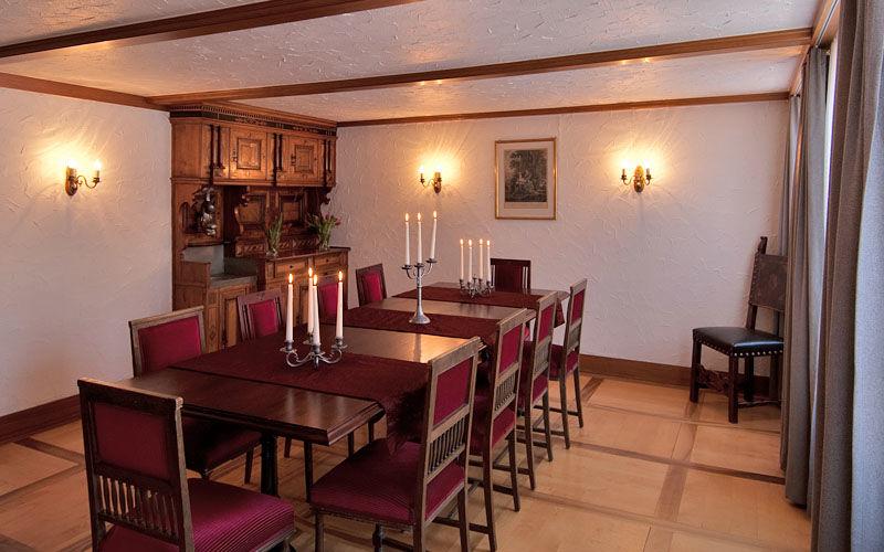 Beispiel: Tafel, Foto: Jugendstil-Hotel Paxmontana.