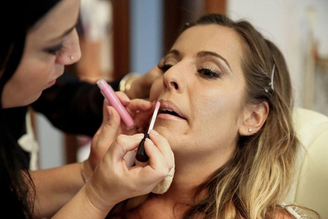 Isabella Nail & Make Up Artist