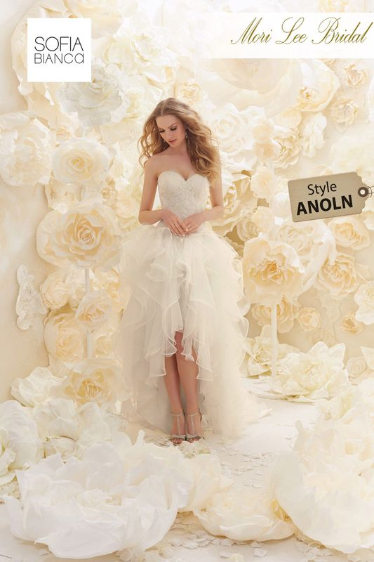 Style ANOLN A STRAPLESS SWEETHEART LACE BODICE ON A FLOUNCED ORGANZA AND TULLE HI-LO SKIRT    COLOURS WHITE OR IVORY