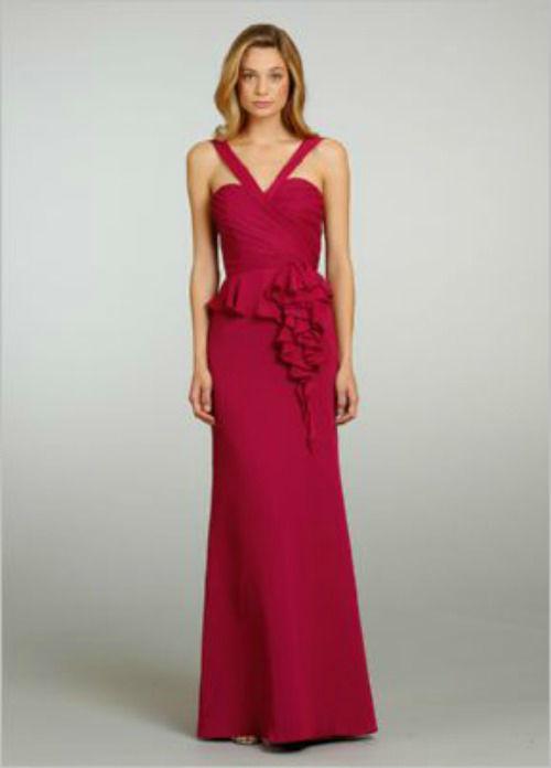 Beispiel: Abendkleid, Foto: Casanova Braut- und Abendmode.