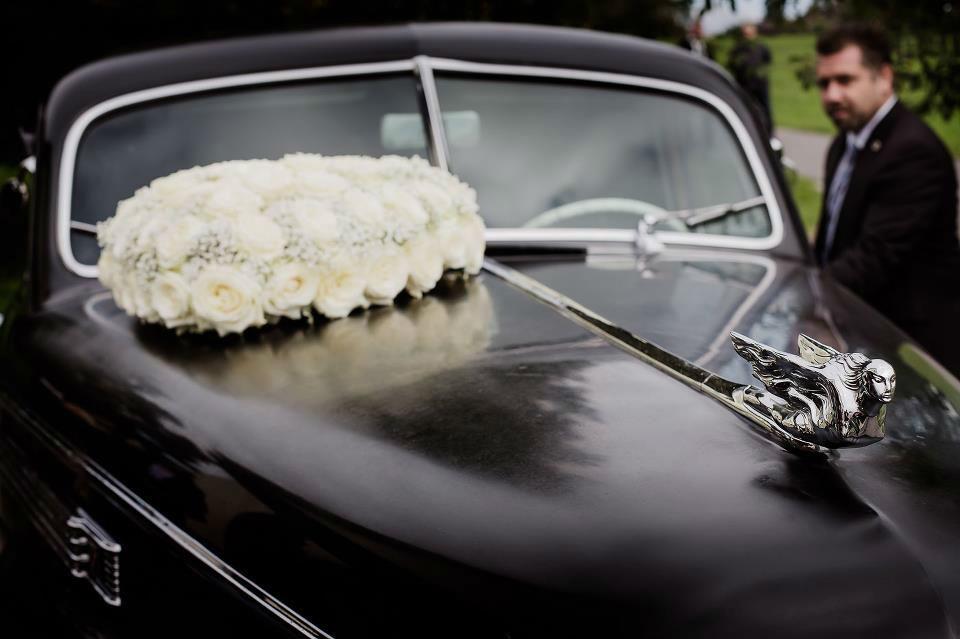 Beispiel: Hochzeitsautos nach Ihren Wünschen, Foto: Luuniq.