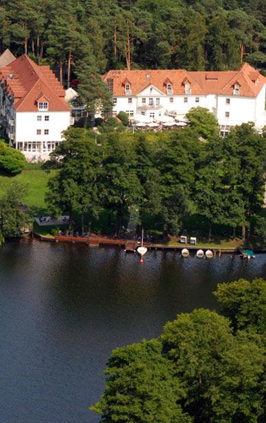 Beispiel: Außenansicht, Foto: Hotel residenz am Motzener See.