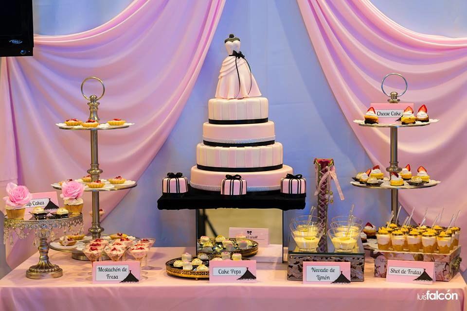 Mesa de Postres María Canela Cakes & Sweets
