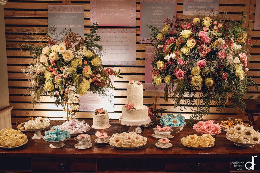 Mesa de doces romantiquinha
