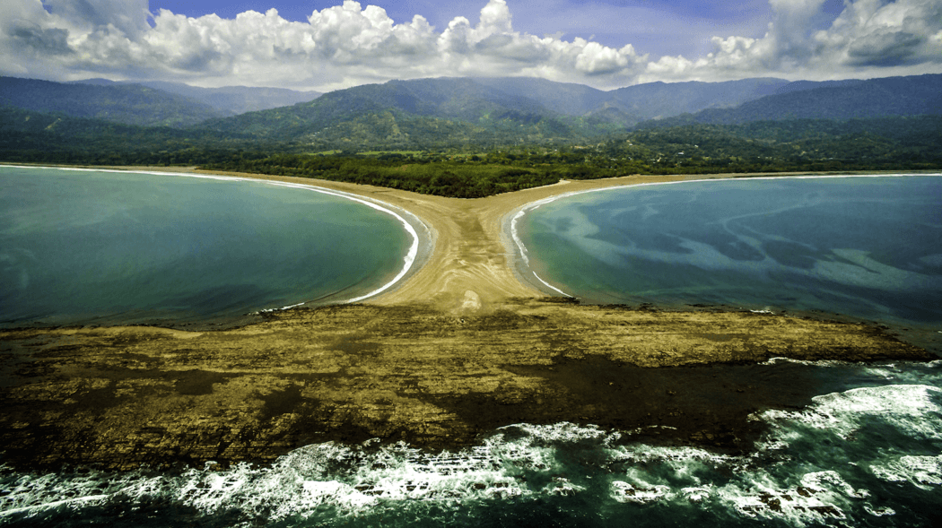 Tombolo Punta Uvita