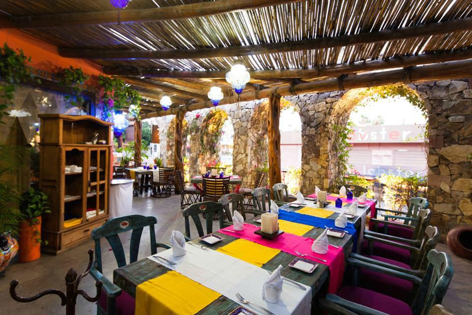 Restaurante Hacienda el Coyote en Cabo San Lucas.