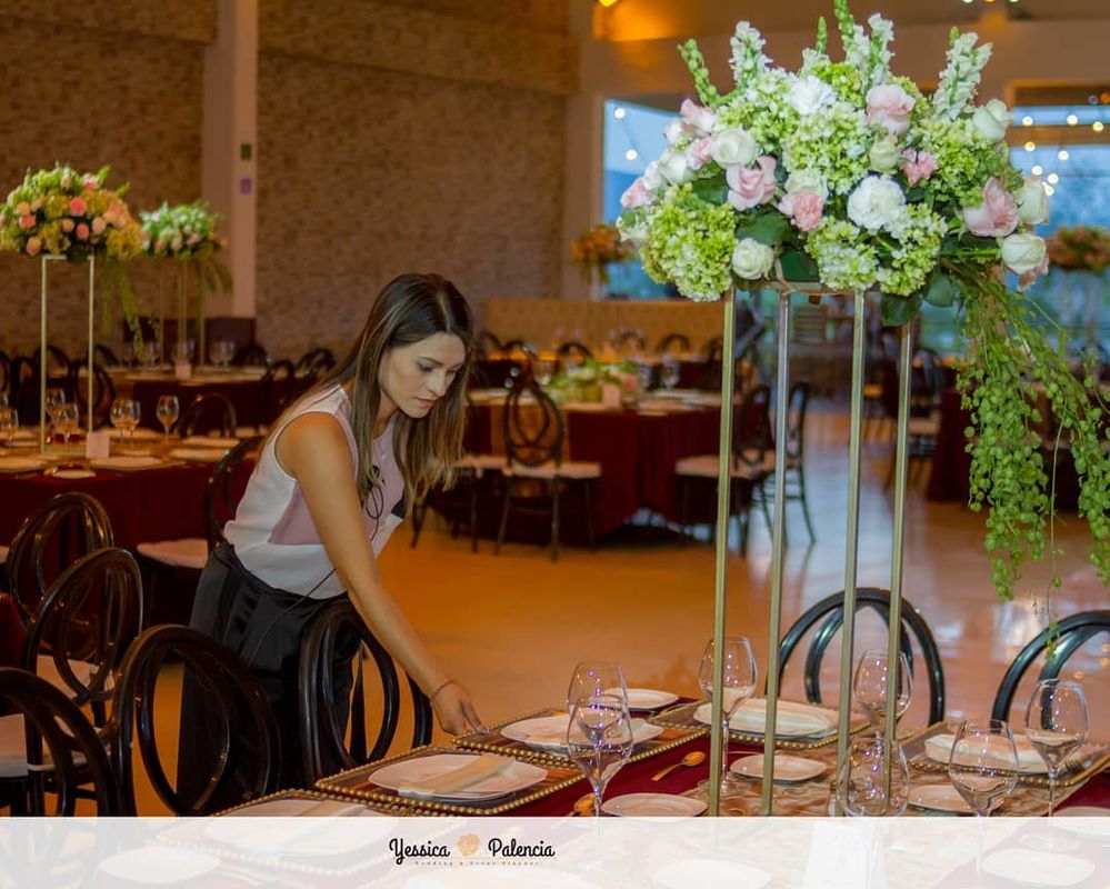 Yessica Palencia Wedding & Event Planner
