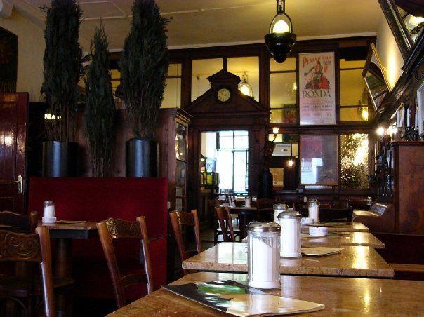Beispiel: Restaurant, Foto: Orphée.