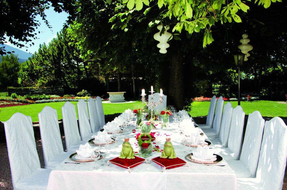 Beispiel: Terrasse, Foto: Garten Hotel Maria Theresia.