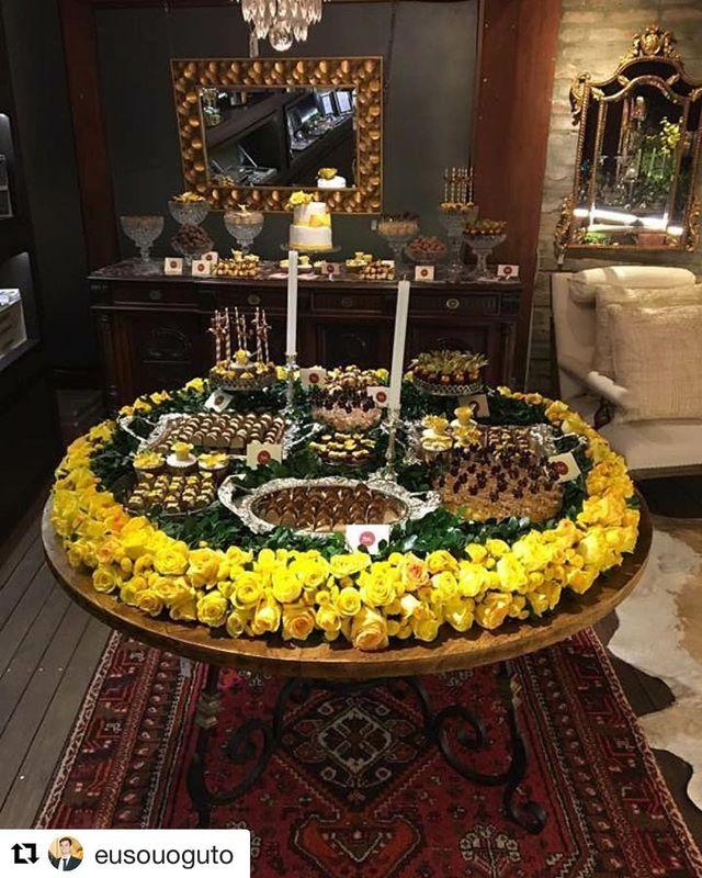 Augusto Kraemer Wedding Flowers