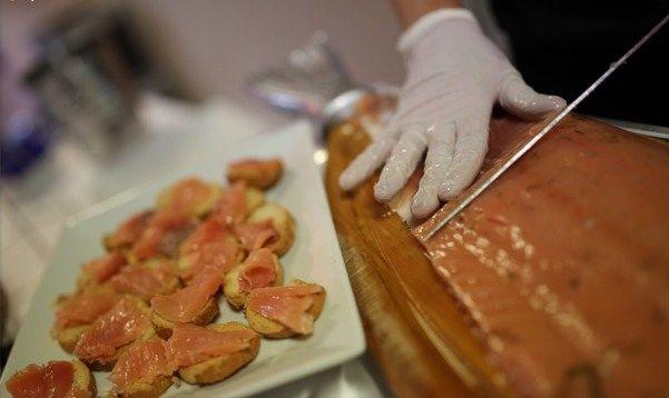 découpe de saumon