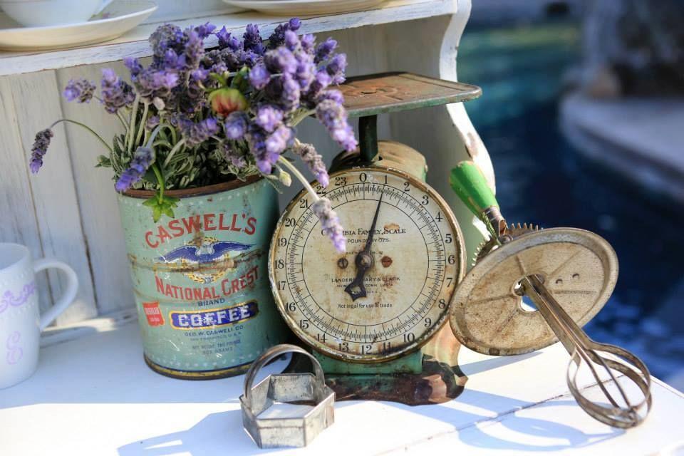 Accesorios vintage para decorar los espacios de tu boda.