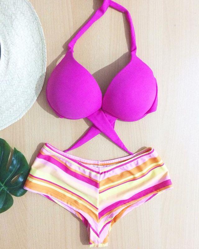 Aquarela Bikinis