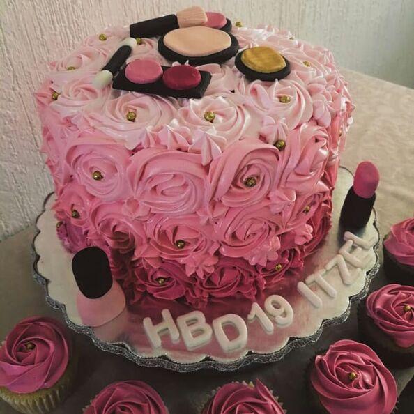 Grissi Cakes