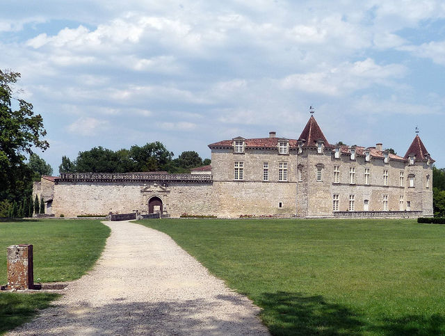 Château de Cazeneuve