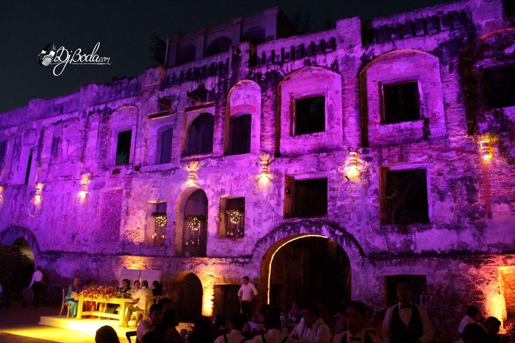 Iluminación Wash en Hda San Carlos Borromeo