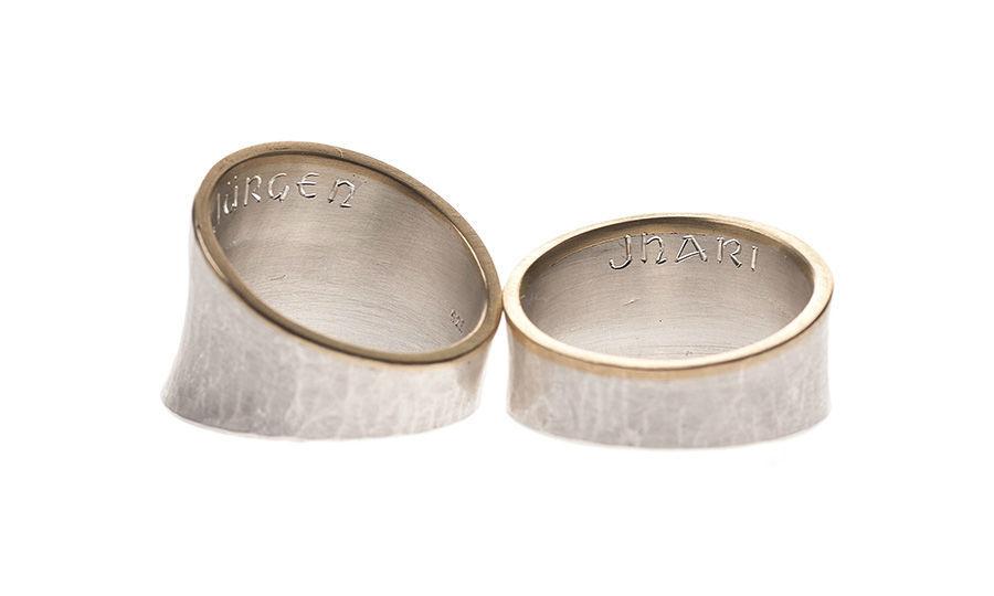 Beispiel: Ringe in Silber in asymmetrischem Design, Foto: Eve & Me.