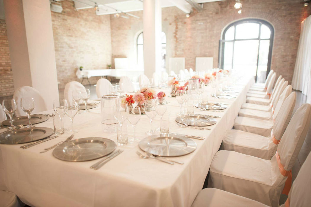 Beispiel: Hochzeitstafel, Foto: 2C SpreeQuartier.