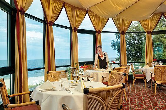 Beispiel: Restaurant Gabbiano, Foto: Travel Charme Strandhotel Bansin.