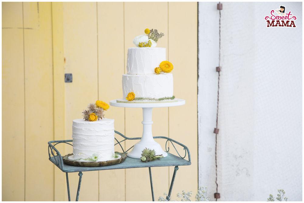 Dúo pasteles rústicos para boda en Cadaqués por The Experialist. Foto Núria Cienfuegos.