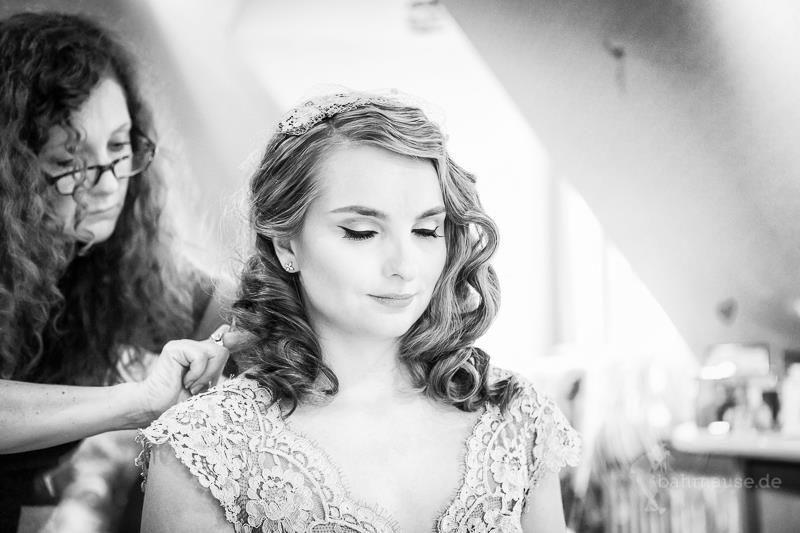 Beispiel: Brautstyling, Foto: Der Brautsalon.
