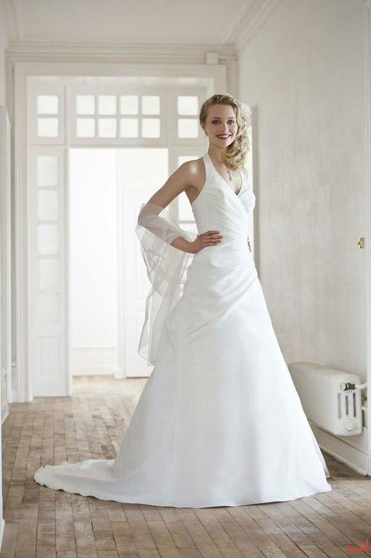 Beispiel: Wunderschönes Brautkleid, Foto: Doris Renn.