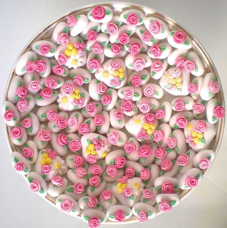 Confetti wedding decorati a mano