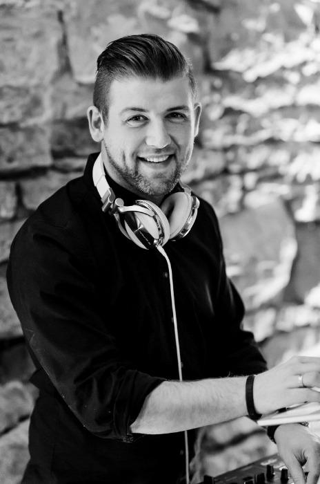 DJ Chris Floyd