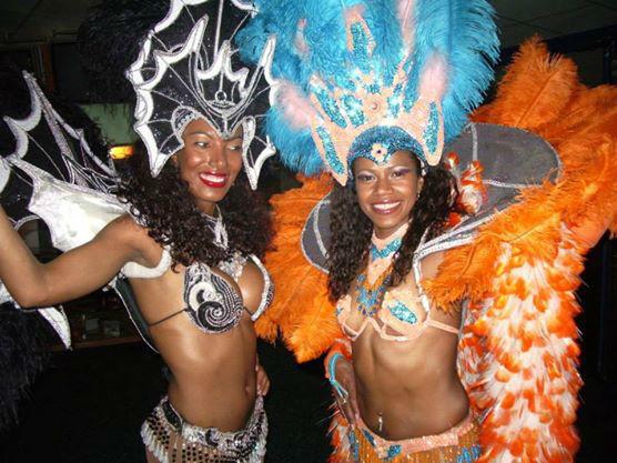 Beispiel: Samba Tänzerinnen, Foto: Brazuca Samba.