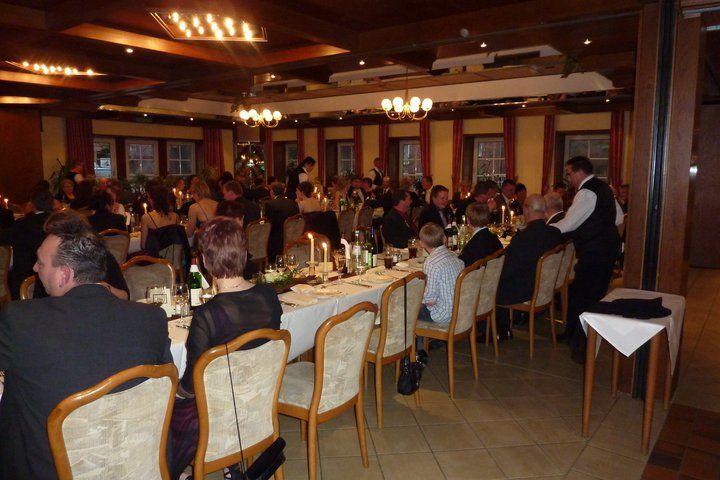 Beispiel: Hochzeitgesellschaft, Foto: AKZENT Hotel Zur Grünen Eiche.