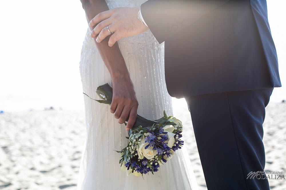 Details bouquet et alliances mains des mariés bassin d'arcachon - Modaliza Photographe