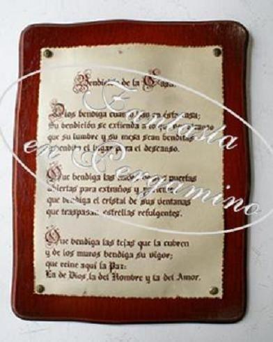 Pergaminos cuero sobre retablos en madera para oraciones, poemas, cartas, reconocimientos  o mensajes para toda ocasión.