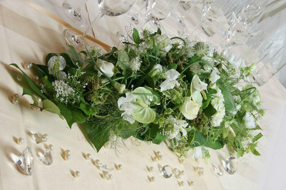 Beispiel: Wunderschöne Gestecke, Foto: Blumenstube Rath.