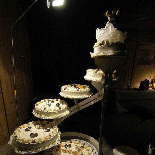 Beispiel: Hochzeitstorte, Foto: Maiergrill AG • Eventcatering & Vermietung.