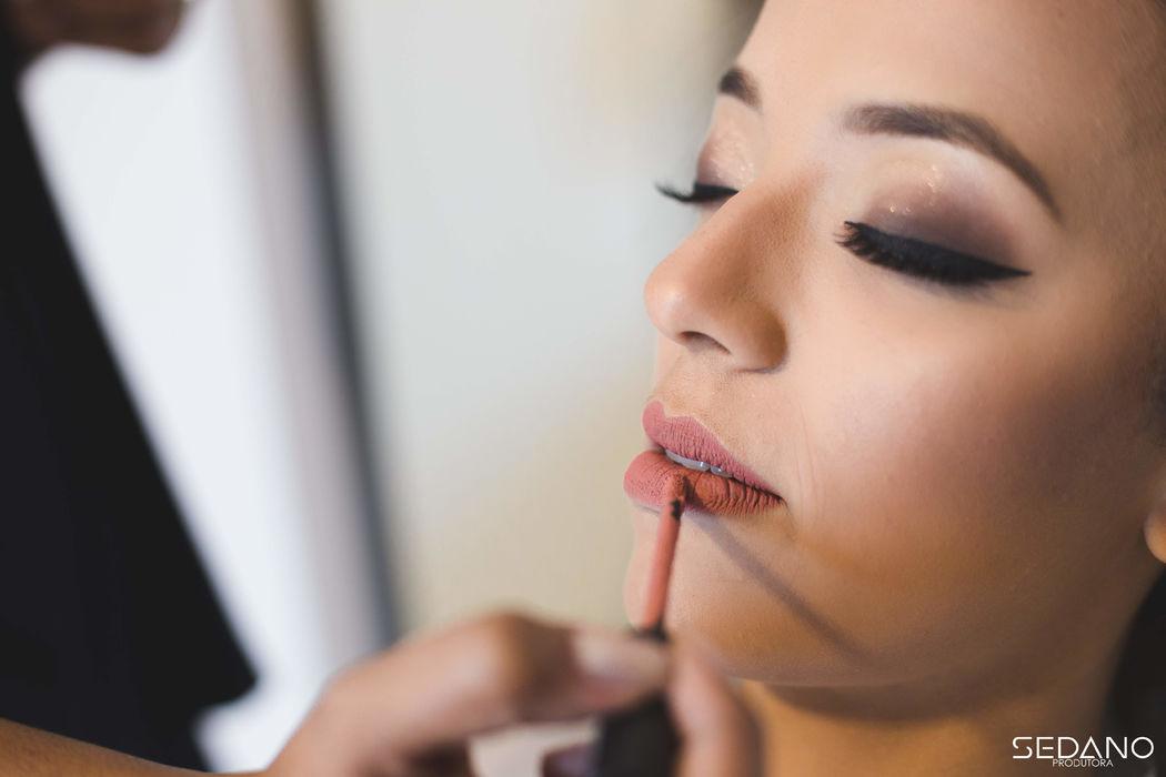 Pamela Barros Makeup