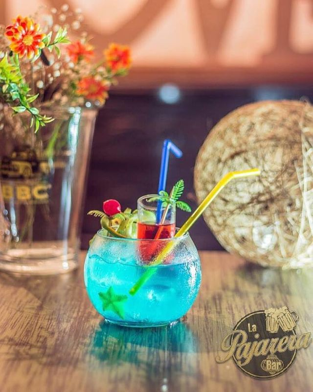 La Pajarera Bar