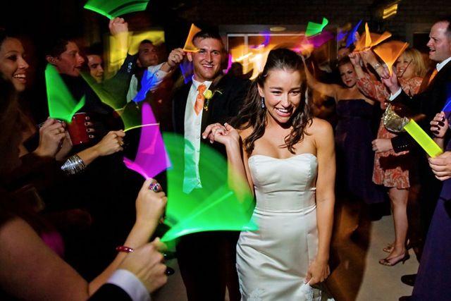 De bruiloft DJ voor trouwfeest